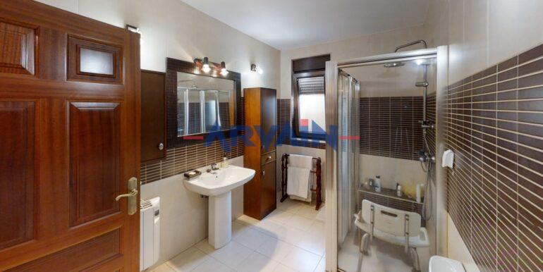 Castro-Bathroom-4[1]