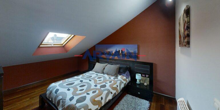 Castro-Bedroom2[1]